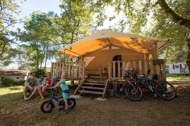 Lodge tent Canada