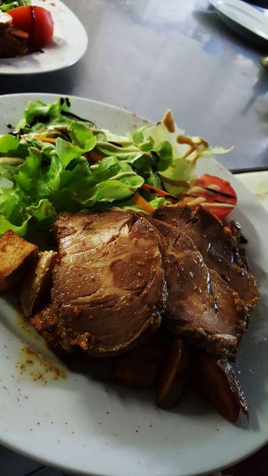 Pot'Enchaud: koude varkens 'Confit' op warme aardappels