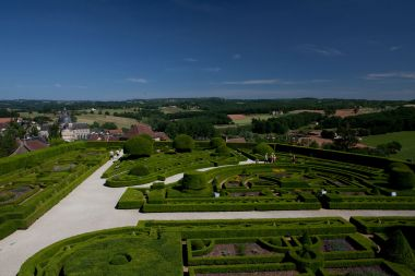 Jardin avec vue sur le Périgord Vert