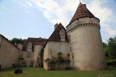 Le château Saulnier de Saint Front la Rivière