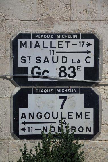 Saint-Pardoux-la-Rivière - Détail de plaques Michelin