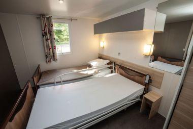 Mobile Home Life: hoog/laag bed