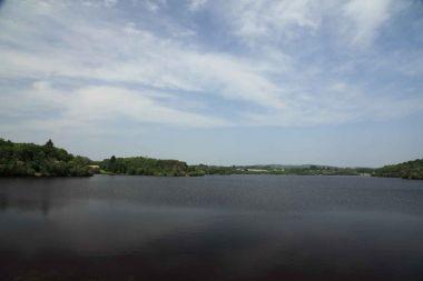 le plan d'eau du Barrage de Miallet