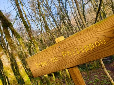 signposted hiking path