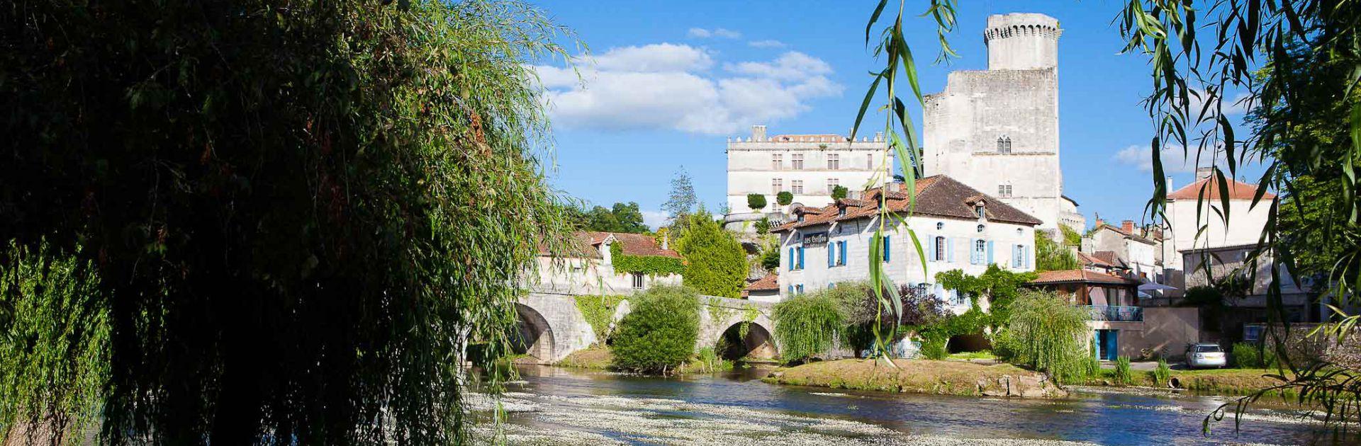 Bourdeilles kasteel Dordogne Périgord Vert